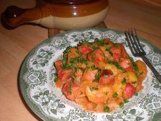 Pølsegryte - oppskrift- Perfekt pølsegryte til middag for både store og små Cauliflower, Shrimp, Yummy Food, Broccoli, Meat, Vegetables, Beef, Cauliflowers, Delicious Food