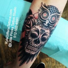 Owl sugar skull tattoo by Kyle Giffen in Austin TX {littleprickstattoo.com} Boys With Tattoos, Trendy Tattoos, Love Tattoos, Picture Tattoos, Body Art Tattoos, Tattoos For Women, Tattoo Pics, Tatoos, Sugar Skull Owl