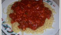 Sauce à spaghettis à la Mike (la meilleure) Marinade Sauce, Sauce Salsa, Bechamel, Spaghetti Sauce, Mayonnaise, Food And Drink, Fruit, Ethnic Recipes, Restaurant Recipes