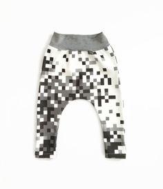 // Pixel Camo Harem Leggings