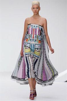 Sfilata Mary Katrantzou London - Collezioni Primavera Estate 2013 - Vogue