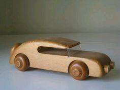 The Norge Thrifter: Kay Bojesen Denmark Wooden Toy Car – Handwerk und Basteln Wooden Toy Cars, Wood Toys, Woodworking Toys, Woodworking Projects, Projects For Kids, Wood Projects, Making Wooden Toys, Wooden Crafts, Diy Toys