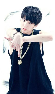 What's down there? Wae r u pointing down there bby?