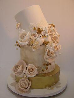 Ivory & Gold Cake