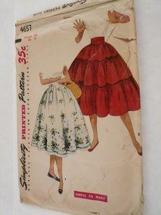 Vintage Simplicity Pattern 4647 ~ darling!