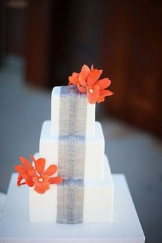 Wedding cake in grey and orange