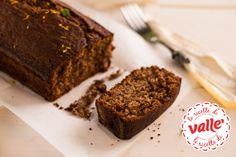 Torta integrale al #cioccolato e yogurt: il toccasana ideale per la #colazione del lunedì.  Scopri la ricetta...