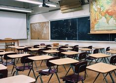 Arizona will adopt new science and history education standards Education Middle School, High School Classroom, Public School, Private School, School Teacher, Stem Teacher, Teacher Jokes, Pharmacy School, Classroom Teacher