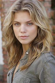 """AnnaLynne McCord from """"The Christmas Parade"""""""