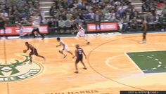 Giannis Antetokounmpo chased down Kyle Lowry for the greatest goaltend we've ever seen - SBNation.comclockmenumore-arrow : HOW DID HE EVEN CATCH UP!?