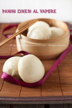 I panini cinesi sono dei panini che vengono cotti al vapore. Si ottengono dei panini soffici come una nuvola.