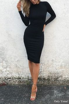 Black Round Neck Long Sleeve Midi Dress US$19.95
