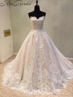 Newest Wedding Dress Vintage Lace Bride Dresses Corset Back Appliques  Flower Long Train Sweetheart Bridal Gown fea8a90a4269