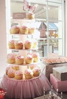 DIY tutu cupcake tower stand from household items (soup cans, etc)