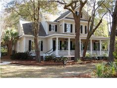 Traditional front porch....love it!