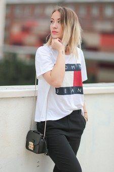 Summer 2016 Fashion Trends: '90s Logo T-Shirts