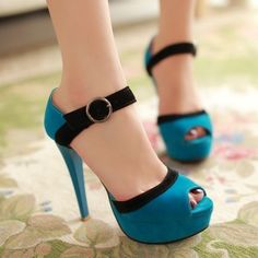Casual Blue Leather Pumps