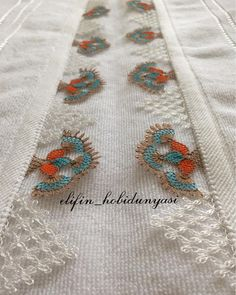 Photoshop Design, Beaded Embroidery, Embroidery Designs, Cooler Style, Best Street Style, Tatting Tutorial, Stylish Mens Fashion, Needle Lace, Filet Crochet