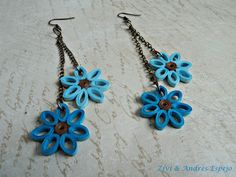 Flores azules pendientes con flores de papel y cadena  la nueva colecion de bisuteria de papel primavera- verano2013  pendientes hechos con pa...