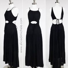 """We got the dresses now we need the freakin warm weather. Where is the sun????  One of our favorite easy to wear maxi dresses the """"Melrose Maxi"""" SHOP: http://ift.tt/1rNgIir CODE: FREESHIP @ checkout"""