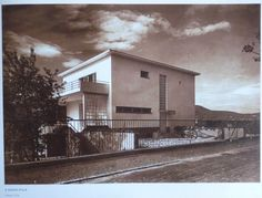 Kozma Lajos, Bp. II. Hankóczy u. 2. Havas Villa Bauhaus, Art Nouveau, Art Deco, Budapest, Old Pictures, Historical Photos, Modern Architecture, Villa, Cabin