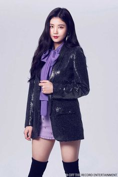 (Credits to the real owner/s) Kpop Girl Groups, Kpop Girls, Korean Girl, Asian Girl, Euna Kim, Yu Jin, Japanese Girl Group, Soyeon, Kpop Outfits