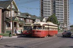 Toronto City, Bonde, Rail Car, Canadian History, Light Rail, Union Station, Train Tracks, Urban Photography, Public Transport