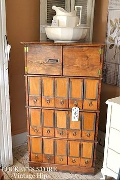 Vintage cabinet, Old Lucketts Store. Vintage Storage, Vintage Cabinet, Industrial Furniture, Antique Furniture, Vintage Love, Vintage Stuff, Leesburg Va, Cubbies, Shelves