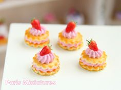 """An individual French sablé pastry - two shortbread biscuits with a pink Chantilly cream filling and topping, decorated with a strawberry. A perfect addition to, and a """"must"""" for your miniature French bakery and pâtisserie scenes! French Bakery, French Pastries, Italian Pastries, French Food, Miniature Crafts, Miniature Food, French Cookies, Bakery Display, Tiny Food"""