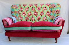 These color make me so happy!  Imagine this in the bedroom...