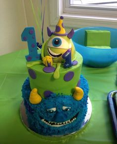 This is Nathan's 1st cake!