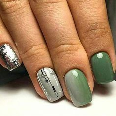 28 Nails That Are Seriously Amazing for 2019 FavNailArt com is part of Gel nails Gold Style - Check out these incredible nails! Today we have 28 Nails That Are Seriously Amazing for Stylish Nails, Trendy Nails, Classy Nails, Green Nail Art, Green Nails, Green Nail Designs, Nail Art Designs, Nails Design, Spring Nail Art