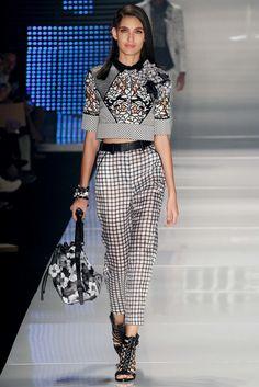 http://www.vogue.com/fashion-shows/sao-paulo-spring-2015/colcci/slideshow/collection
