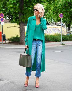 """Mi piace"": 6,135, commenti: 124 - BLONDWALK (@gittabanko) su Instagram: ""Green addicted  || new #blogpost on my blog || top & coat @jadicted || jeans @mango"""