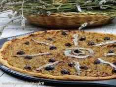La pissaladière de papi Jean (on l'a aimée celle là avec sa pâte crousti-moelleuse... en lieu et place du pissalat: ajouter des anchois émincés dans les oignons ainsi que du 5 épices)