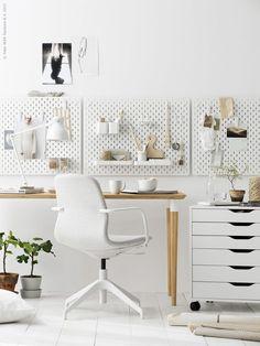 Ikea peg board for home office storage Home Office Inspiration, Workspace Inspiration, Room Inspiration, Office Ideas, Home Office Space, Home Office Design, Home Office Decor, Office Designs, Hektar Ikea