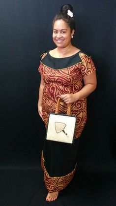 Gold, maroon and black puletasi with Fijian pandanus hand-woven bag
