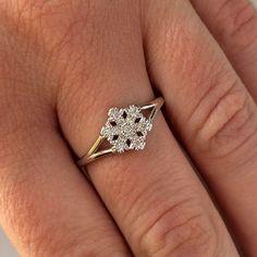 let it snow, let it snow, let it snow. Ring Bracelet, Bracelets, Heart Ring, Silver Rings, Snow, Jewelry, Jewlery, Jewerly, Schmuck