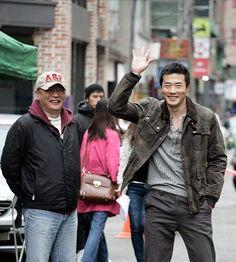 Kwon Sang Woo, Sister In Law, Health Club, Korean Celebrities, Military Jacket, Singing, Bomber Jacket, Gym, Field Jacket