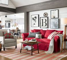 Red sofa living room red couch living room ideas red modern living room red sofa in Living Room Red, Red Sofa Living Room, Red Couch Living Room, Living Room Sofa, Couches Living Room, Burgundy Living Room, Interior Design Living Room, Red Living Room Decor, Interior Design Apartment Living Room