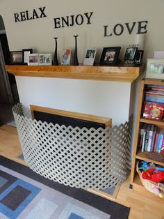 DIY - Do it yourself fireplace child guard Our wonderful month old Sofia has become a crawling race car with an untamed thirst for ex. Baby Proof Fireplace, Fireplace Gate, Fireplace Tools, Diy Baby Gate, Baby Gates, Childproof Fireplace, Coffee Table Cover, Coffee Tables, Toddler Proofing
