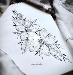 tattoos for women Plumeria Flower Tattoos, Hawaiian Flower Tattoos, Tribal Flower Tattoos, Neue Tattoos, Body Art Tattoos, Sleeve Tattoos, Cool Tattoos, Tatoos, Hawaiianisches Tattoo