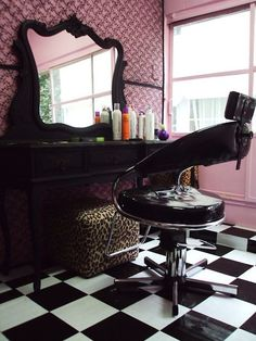 HAVE to have my salon look like this