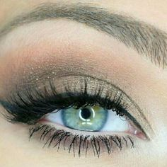 Mary Kay Mineral Eyeshadow Bundle Bundle deal!! Achieve this look by using Mary Kay's Sweet Cream, Stone, and Sterling mineral eye shadows. All brand new in package Mary Kay Makeup Eyeshadow