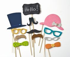 Colorful DIY Photo Booth Props via @diy_candy