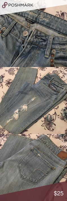 American Eagle  Stretch Faded Blue Distressed Excellent Condition Live Your Life American Eagle Jeans Skinny