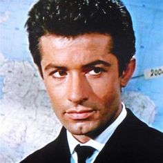 George Chakiris, James Shigeta, West Side Story, Actrices Hollywood, Tom Hardy, Puerto Rico, Movie Stars, Actors & Actresses, Shark