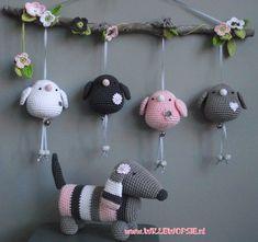 New Crochet Baby Toys Mobiles Etsy Ideas Crochet Baby Mobiles, Crochet Mobile, Crochet Baby Toys, Crochet Birds, Crochet Amigurumi, Crochet Art, Amigurumi Patterns, Crochet Animals, Crochet Dolls