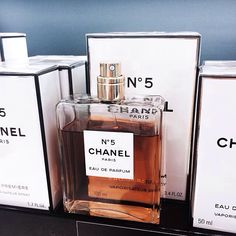 chanel, perfume, and style image Perfume Collection, Make Me Up, Body Spray, Smell Good, Coco Chanel, Girly Things, Girly Stuff, Body Care, Bath And Body