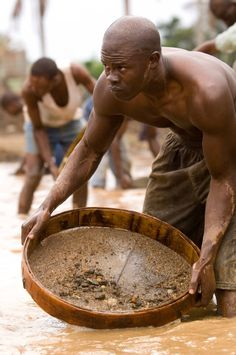 Djimon Hounsou: Blood Diamonds - one of the most emotionally stirring films I have watched - the content repulsed me but also woke me up to the atrocities which occur in the world around me. Amazing.